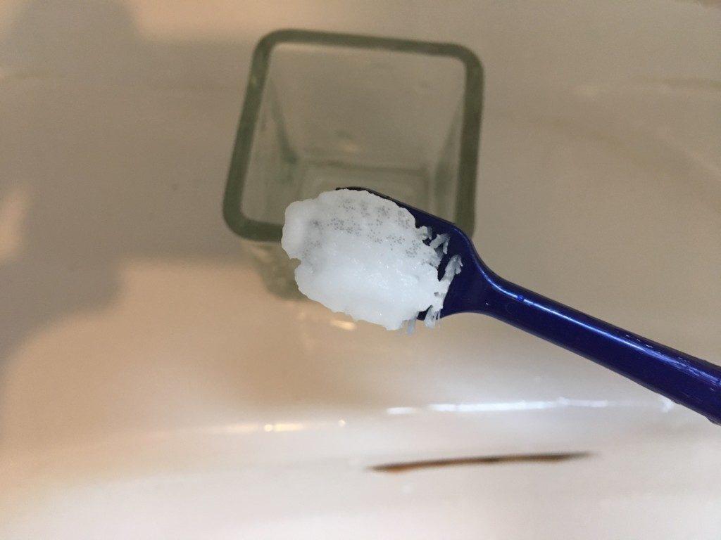 重曹歯ブラシ