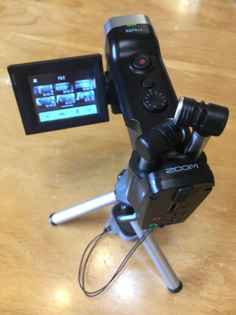 ビデオカメラ卓上