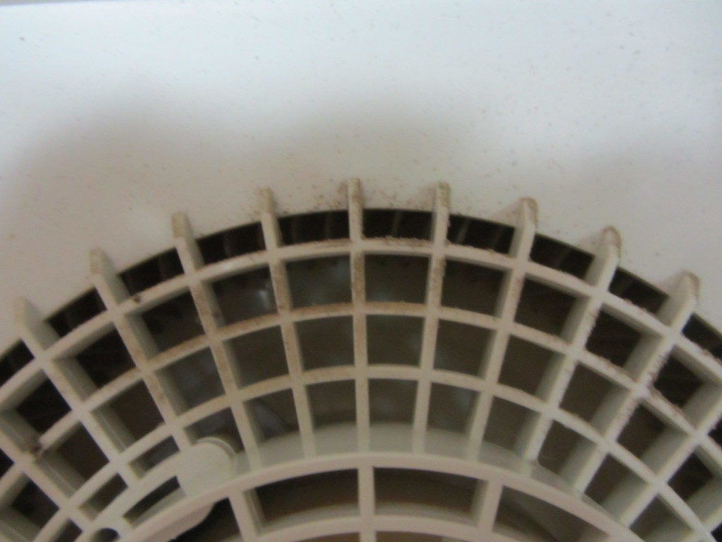 空気清浄機内部汚れ